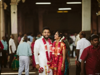 Candid Capture of south Indian couple at temple wedding